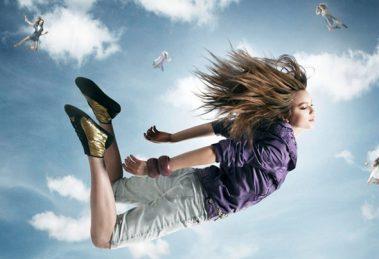 rüyada uçmak ne anlama gelir.